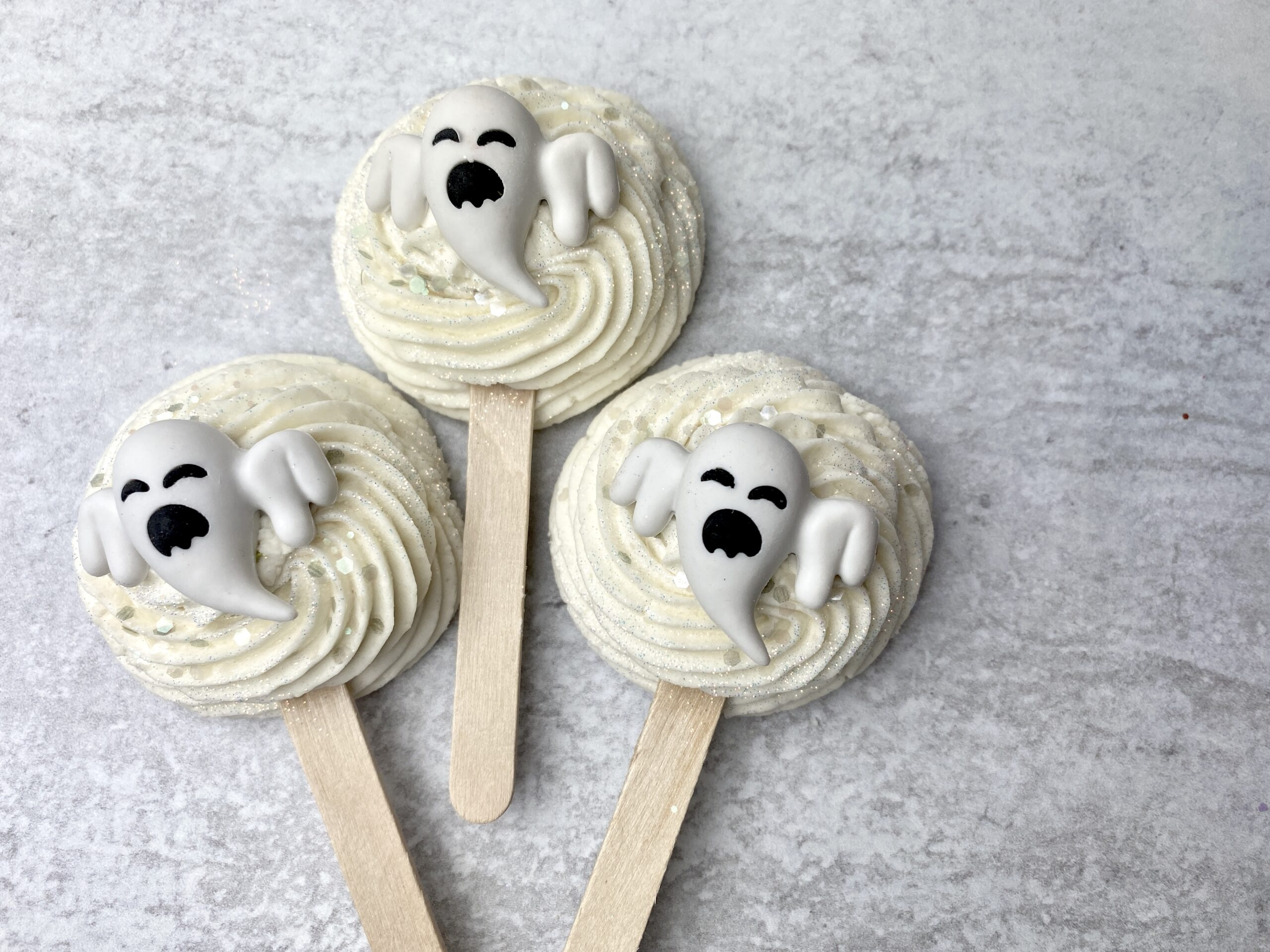 Easy Ghost Bubble Bar Wands for Halloween